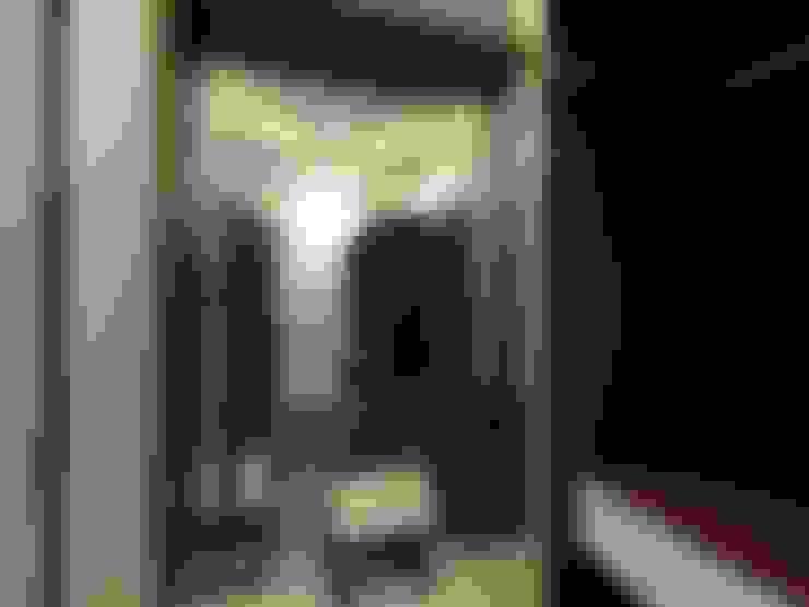 غرفة الملابس تنفيذ Shadab Anwari & Associates.
