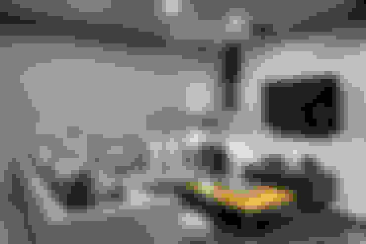 Salas multimedias de estilo  por Con Contenedores S.A. de C.V.