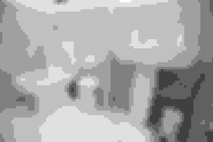 Salle de bains de style  par The Market Design & Build