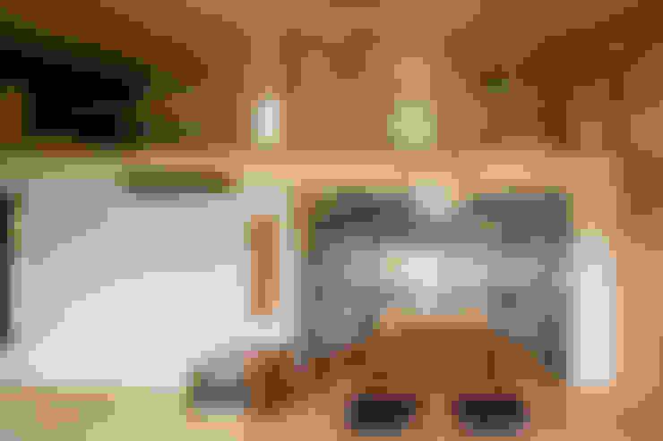 Kitchen by 中山大輔建築設計事務所/Nakayama Architects