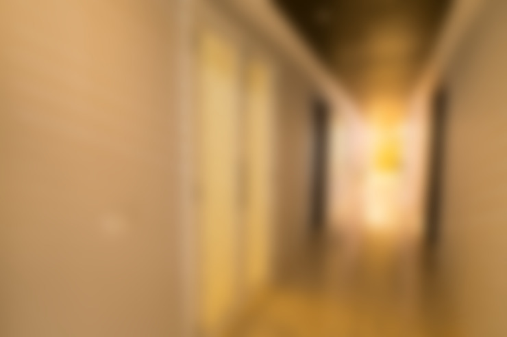 Hibiscus Gurgaon:  Corridor, hallway & stairs  by ACQ Design