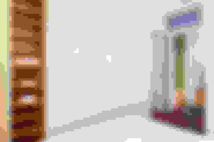 Closets de estilo  por Markham Stagers