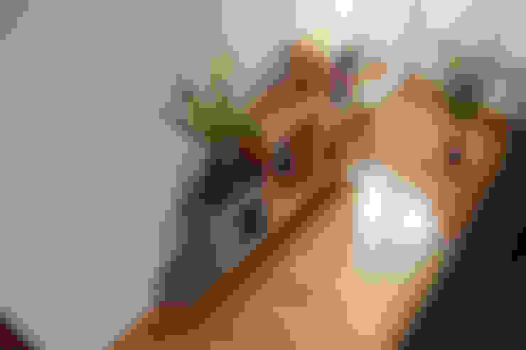 غرفة المعيشة تنفيذ woodboom