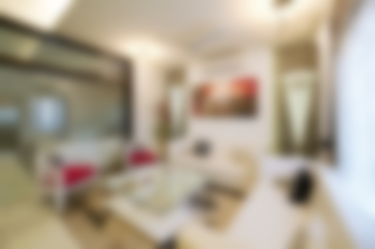 SADHWANI BUNGALOW:  Living room by Square 9 Designs