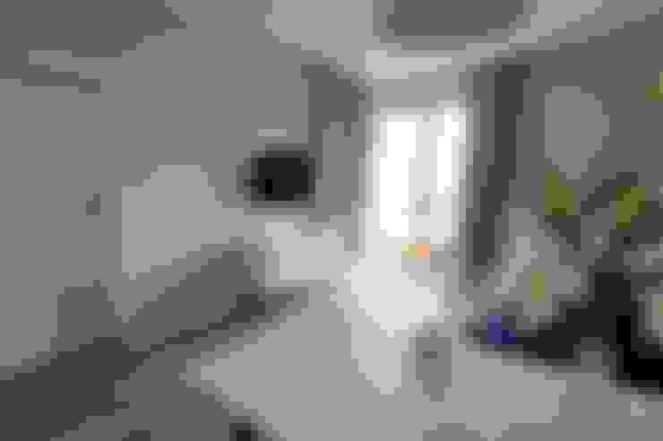 Living room by ARTEMA  PRACOWANIA ARCHITEKTURY  WNĘTRZ