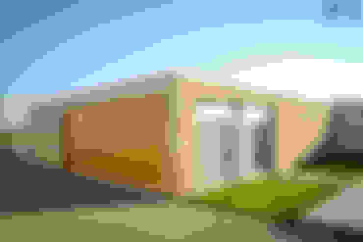 Garagens e edículas  por PFS-arquitectura