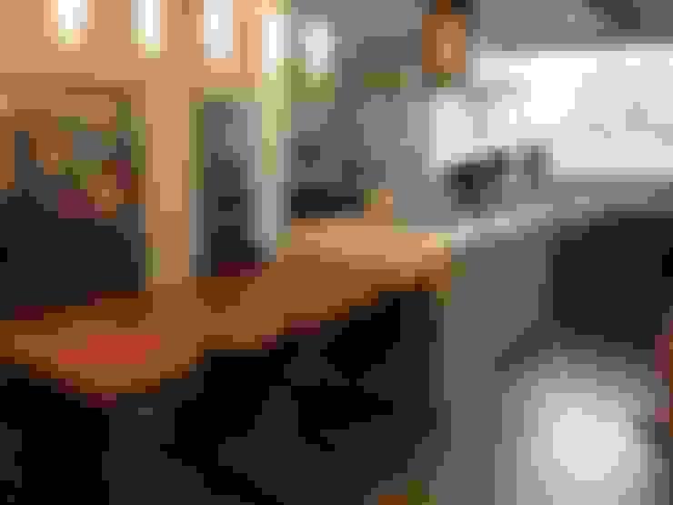 Cozinhas  por La Carpinteria - Mobiliario Comercial