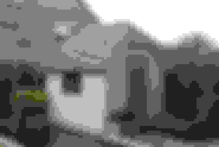 Nhà để xe/Nhà kho by Garden Affairs Ltd