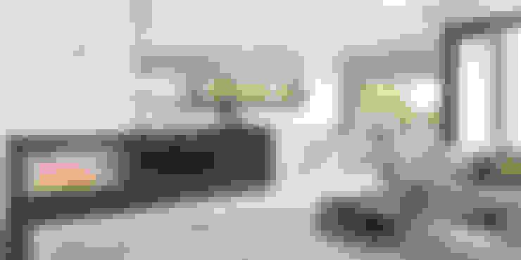 Aranżacja wnętrza domu HomeKONCEPT-32: styl , w kategorii Jadalnia zaprojektowany przez HomeKONCEPT | Projekty Domów Nowoczesnych