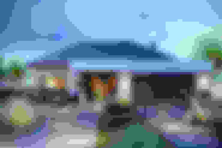 Projekt domu HomeKONCEPT-31: styl , w kategorii Domy zaprojektowany przez HomeKONCEPT   Projekty Domów Nowoczesnych