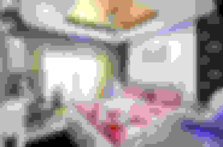 Master Bedroom:  Bedroom by home makers interior designers & decorators pvt. ltd.
