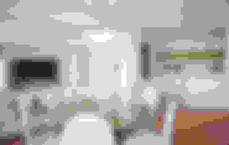 Wohnzimmer von Grupo Inventia