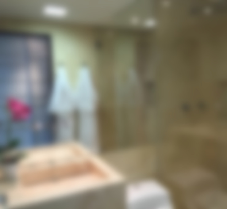 Monica Saraviaが手掛けた浴室