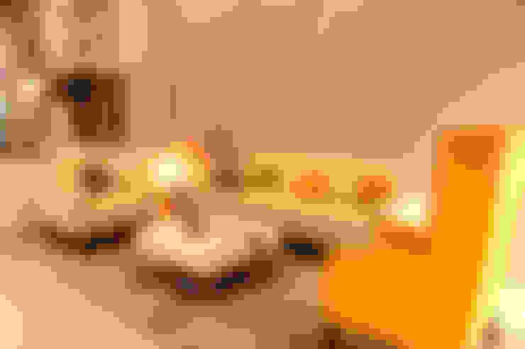 GRANCARMEN:  Living room by Rubenius Interiors
