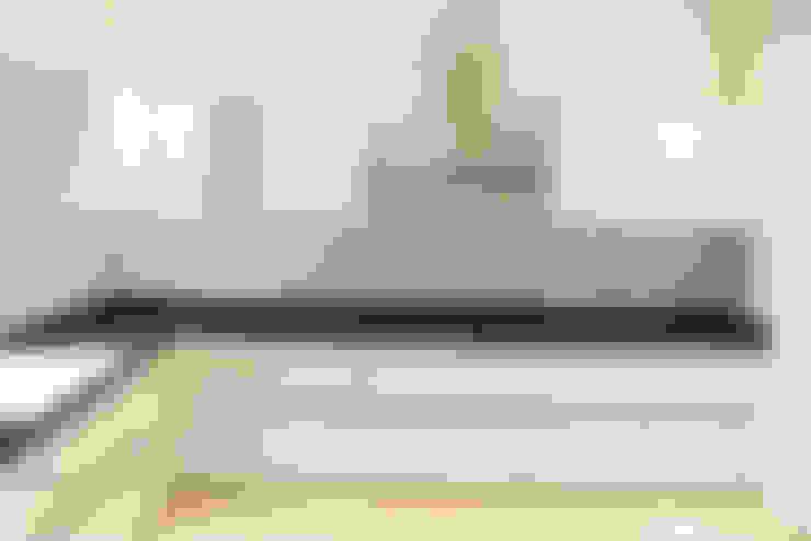 GRANCARMEN:  Kitchen by Rubenius Interiors