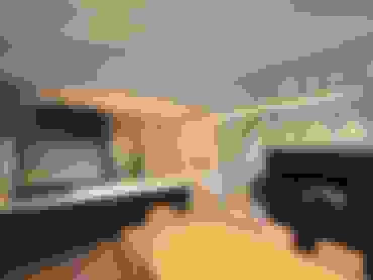 Столовые комнаты в . Автор – homify