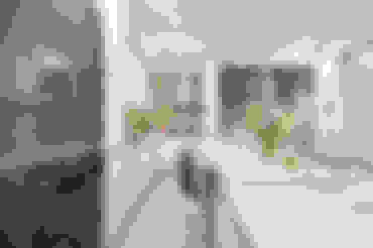Ultramodern Loft   CONDOMINIUM:  Kitchen by Design Spirits