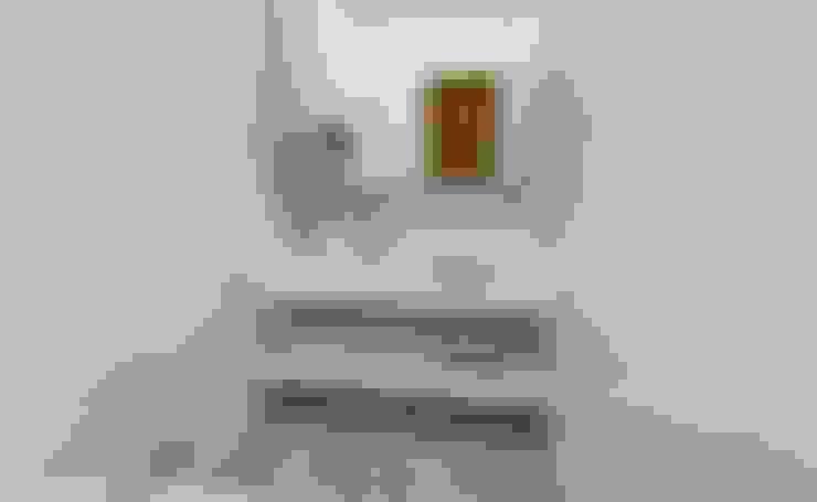 Bathroom by Luana Alvarenga - Arquitetura e Interiores