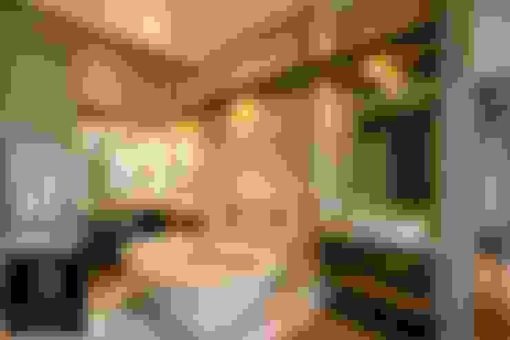 House Wolmarans:  Bathroom by Coetzee Alberts Architects