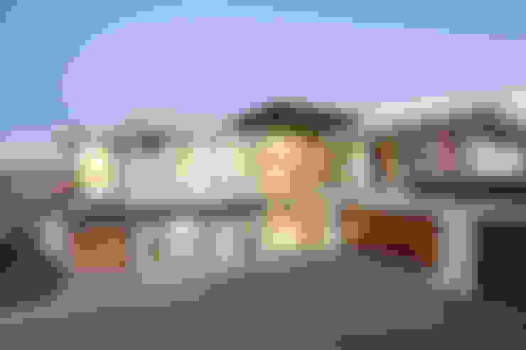 Casas  por FRANCOIS MARAIS ARCHITECTS