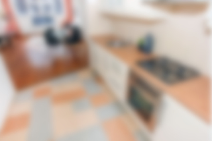 Tweedekans voor de oude vinyl vloer:  Keuken door Levenssfeer