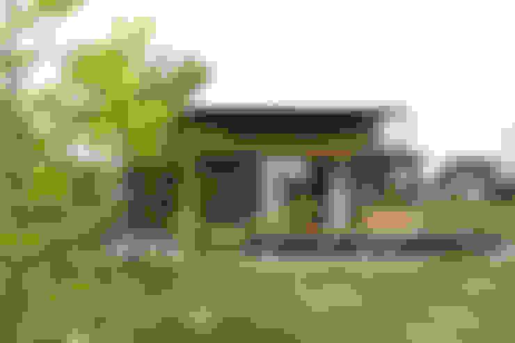 外観: 藤松建築設計室が手掛けた庭です。