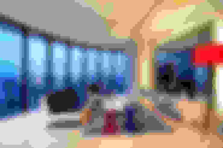 Phòng khách by Design Spirits