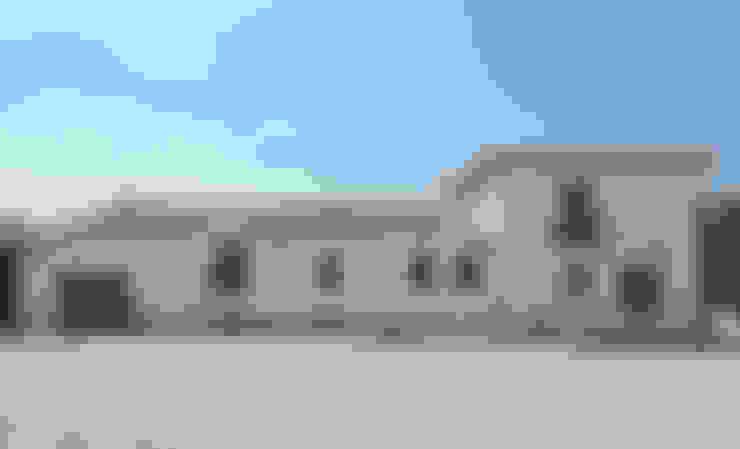 Projekty,  Domy zaprojektowane przez Raul Garcia Studio