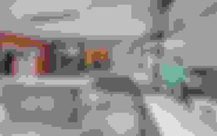مطبخ تنفيذ OLIVEHILL Architects