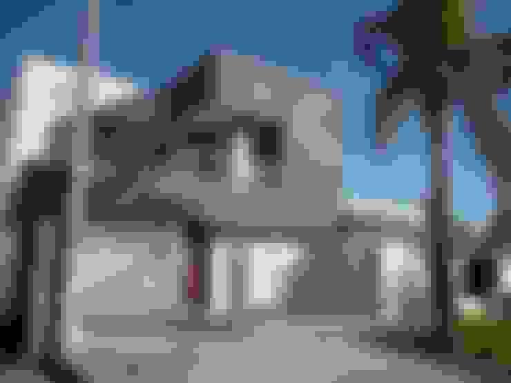 Nhà by VHA Arquitectura