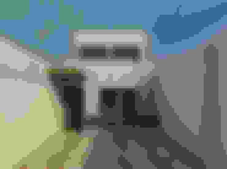 Vista diurna de la fachada: Casas de estilo  por Diseño Store