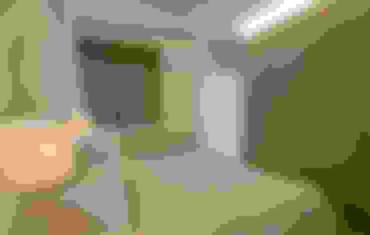 Pandan Garden Renovation:  Bedroom by Designer House