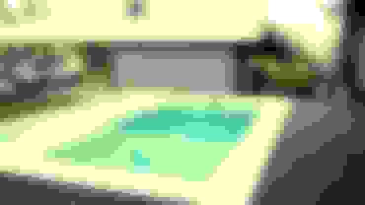 piscina solarium humedo:  de estilo  por VHA Arquitectura