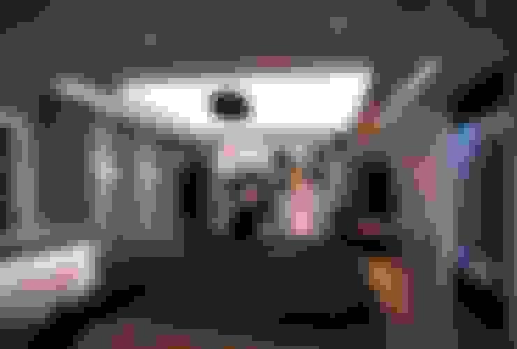 غرفة الميديا تنفيذ VERO CONCEPT MİMARLIK
