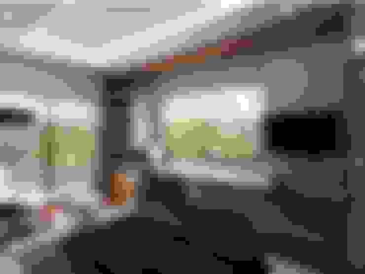 VERO CONCEPT MİMARLIK – İpek Gürel Villa:  tarz Yatak Odası