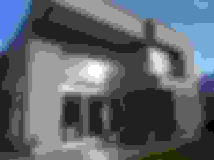 CASA DALVIAN LOS PUQUIOS: Casas de estilo  por MABEL ABASOLO ARQUITECTURA