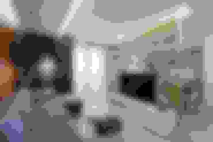 Ruang Keluarga by EUGENE MESHCHERUK   |  architecture & interiors