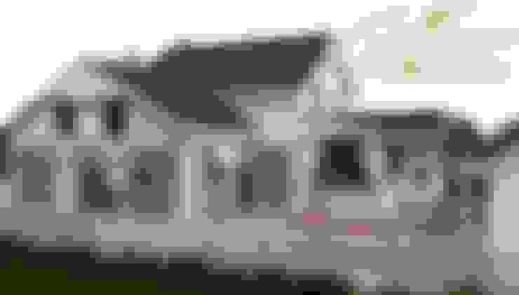 Houses by Компания архитекторов Латышевых 'Мечты сбываются'