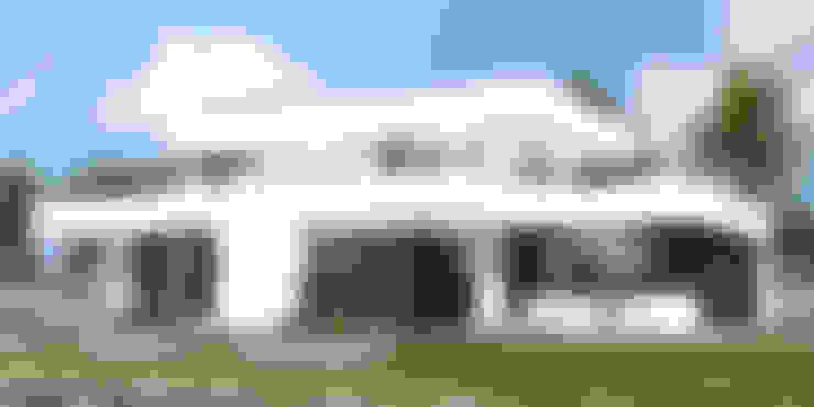 Projekt domu HomeKONCEPT-41: styl , w kategorii Domy zaprojektowany przez HomeKONCEPT   Projekty Domów Nowoczesnych