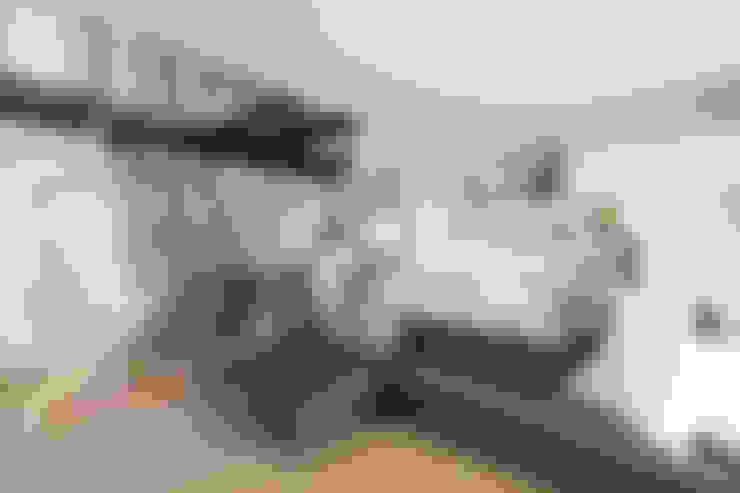ห้องนั่งเล่น by 桑原茂建築設計事務所 / Shigeru Kuwahara Architects