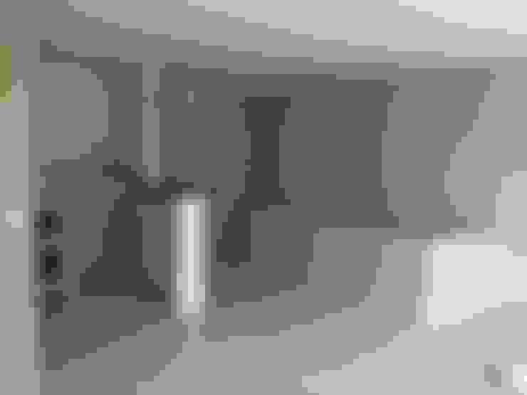 ingreso - sala: Paredes de estilo  por EcoDESING S.A.S DISEÑO DE ESPACIOS CON INGENIO