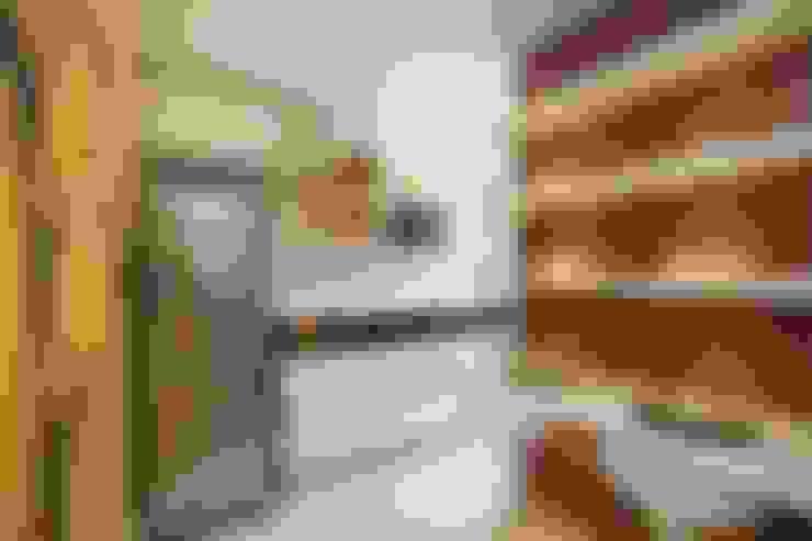 مطبخ تنفيذ Pricila Dalzochio Arquitetura e Interiores