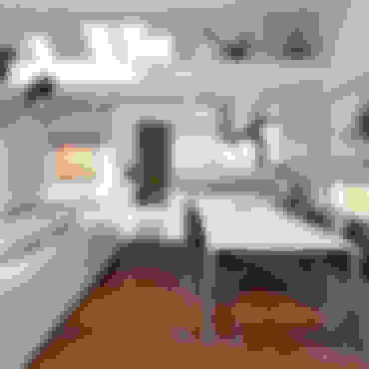 Comedores de estilo  por HomeKONCEPT | Projekty Domów Nowoczesnych