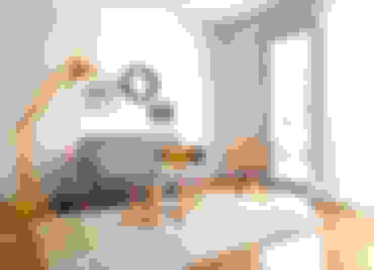 客廳 by Karin Armbrust - Home Staging