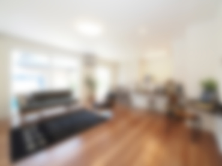 Living room by  Live Sumai - アズ・コンストラクション -