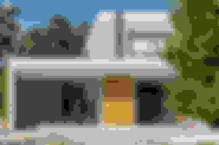 Houses by Fernández Luna Oficina de Arquitectura SCP
