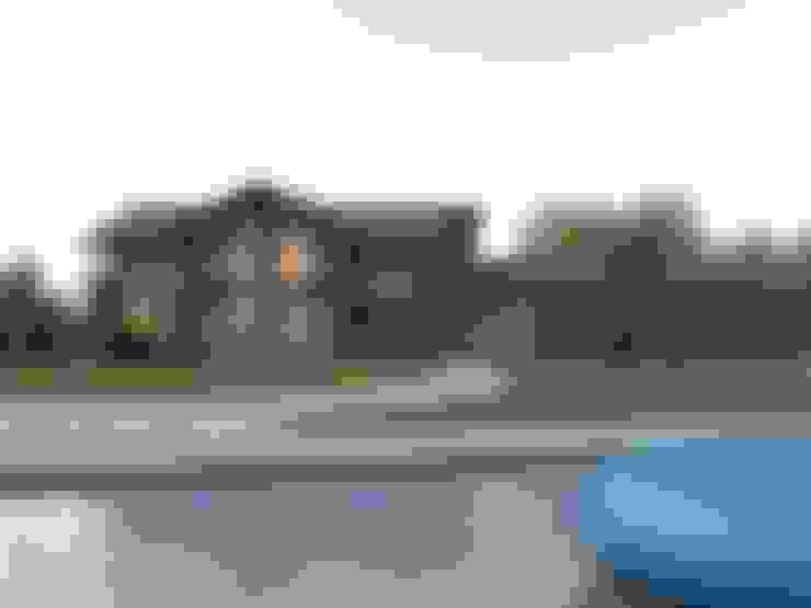 บ้านและที่อยู่อาศัย by META-architects архитектурная студия