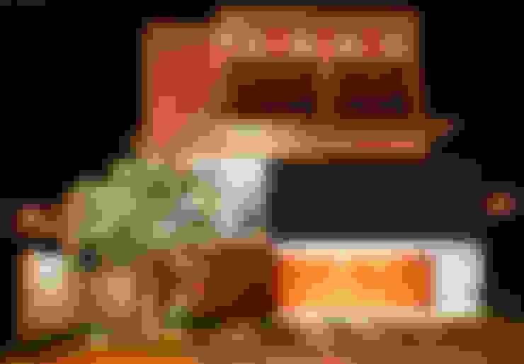 Casa MG: Casas  por Lozí - Projeto e Obra