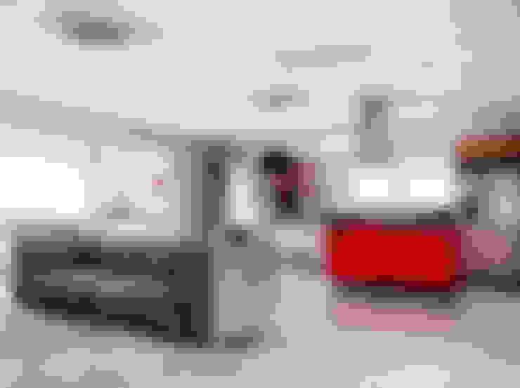 Casa MG: Salas multimídia  por Lozí - Projeto e Obra