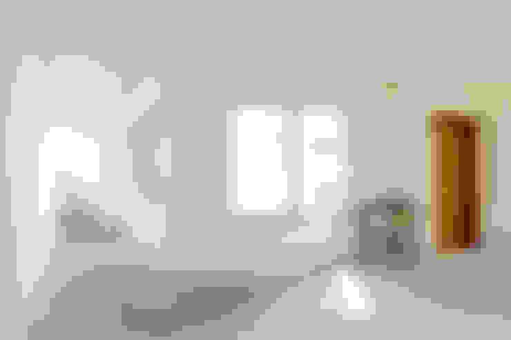 美術教室: 株式会社Fit建築設計事務所が手掛けた書斎です。